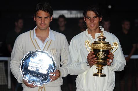 Nadal_federer_trophies