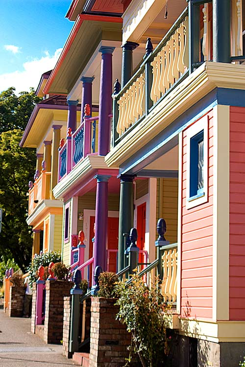 ColorfulHouses