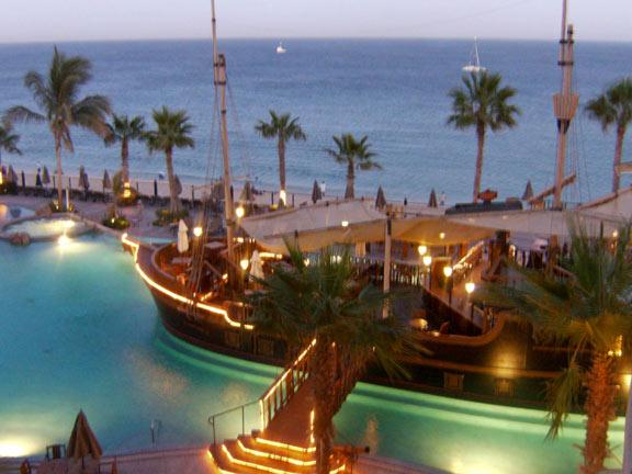 ResortPirateship